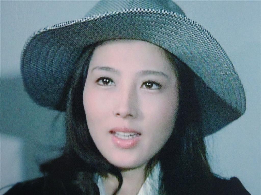 大原麗子の帽子姿