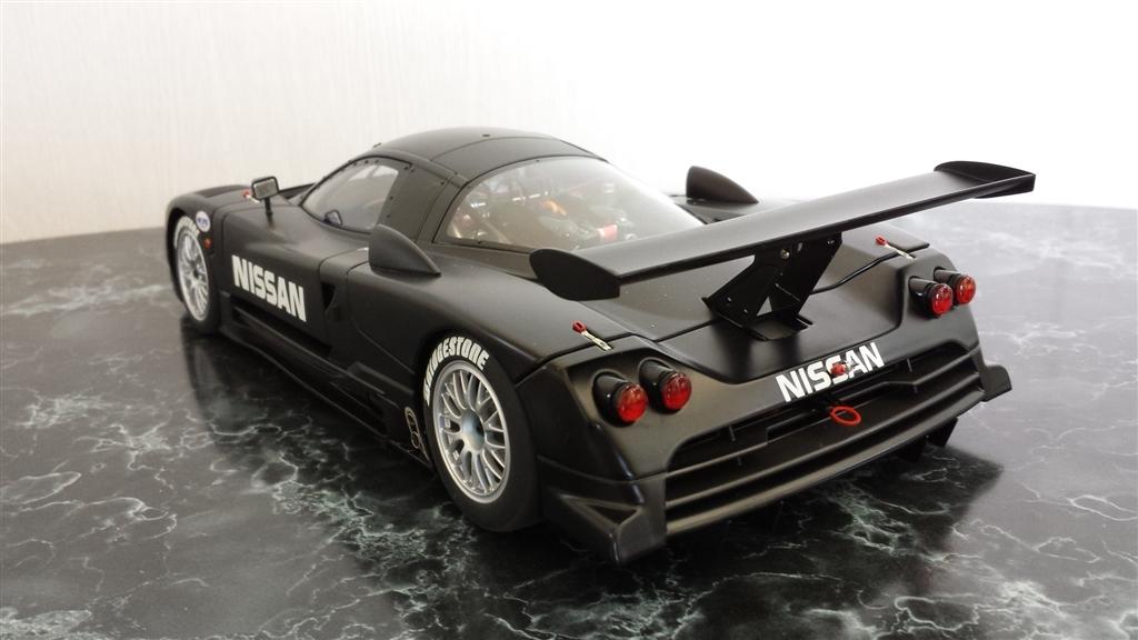 オートアート ダイキャスト・モデルカー 1/18 日産 R390 GT1 ルマン 1997 テストカー 麻婆ナスさんのレビュー・評価画像3/6